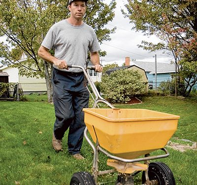 Navigate between the raindrops to finish winter chores