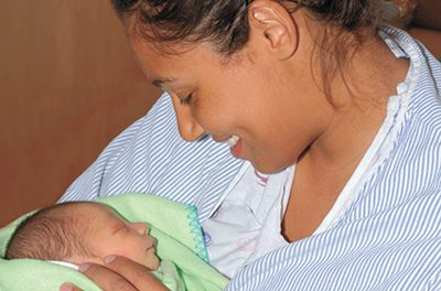 Community support vital for breastfeeding success