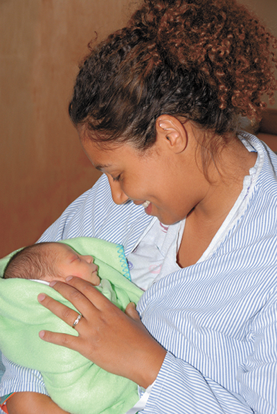 Community support vital for breastfeeding success