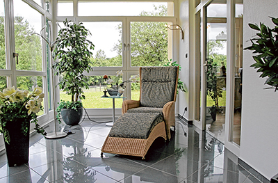 Cool tips for selling your home in the hot summer