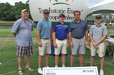 Hole-in-One Shootout raises funds for students, teachers