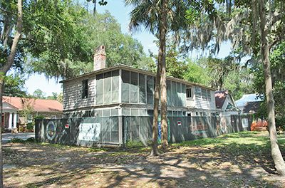 Plans for Pope carriage house, park to be community effort