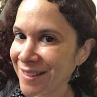 Laura Kaponer